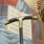 Посох святителя Петра хранится в Оружейной палате Московского Кремля.   Епископский жезл, или посох воплощает идею странничества, проповедничества, а с другой — является символом пастырства, мудрого руководства и власти.  Посох вручается каждому епископу при посвящении. Византийскому патриарху его передавал сам император.   Посох свт. Петра дважды передавали в руки Патриарху Московскому и всея Руси Алексию II на богослужения.